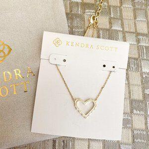 Kendra Scott Sophee Heart necklace Gold